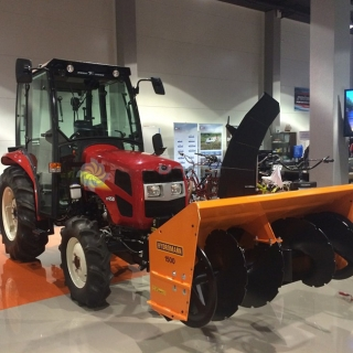 Профессиональный трактор Shibaura ST450HST с КАБИНОЙ + Снегоотбрасыватель передний + Щетка задняя